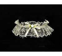 Подвязка невесты из прозрачного кружева цвета айвори